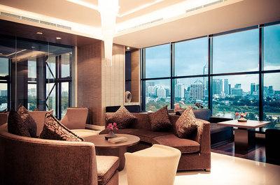 GMT-Lounge_117.jpgのサムネール画像