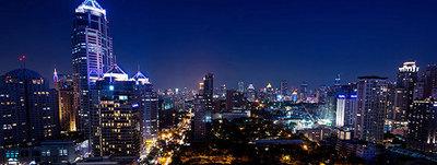 RarinJinda-Wellness-Spa-Ploenchit-Bangkok-Night-View.jpg