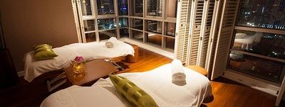 RarinJinda-Wellness-Spa-Ploenchit-Bangkok-Treatment-Room-Bangkok-view-2-Main_1.jpg