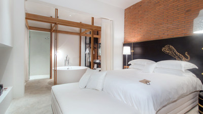 accommodation-pool_suite-__thumbs_1600_900_crop-sala-ayutthaya_pool-suite.jpg