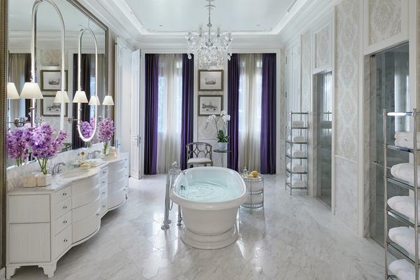 bangkok-16-suite-royal-bathroom.jpg