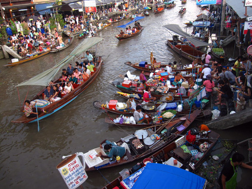 amphawa-floating-market-thailand.jpg