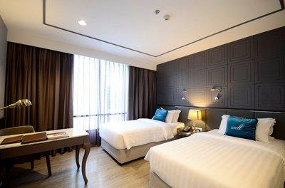 twin-bed-in-deluxe-room.jpg